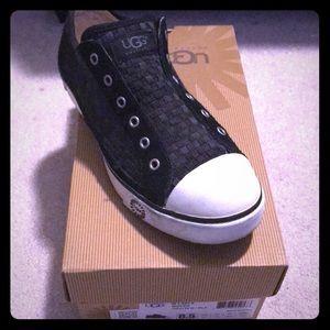Ugg Laela Woven Slip on Shoes size 8.5